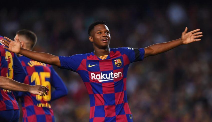 أنسو فاتي مهدد بالغياب عن 7 مباريات مع نادي برشلونة